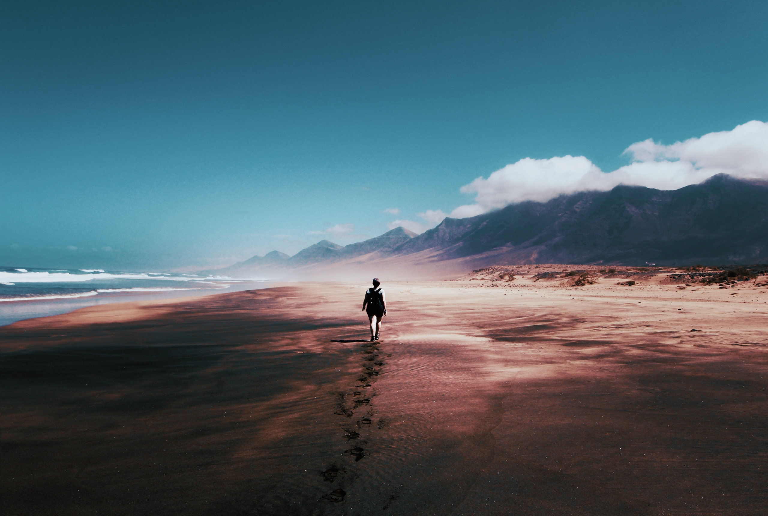 alone-beach-blue-skies-934718